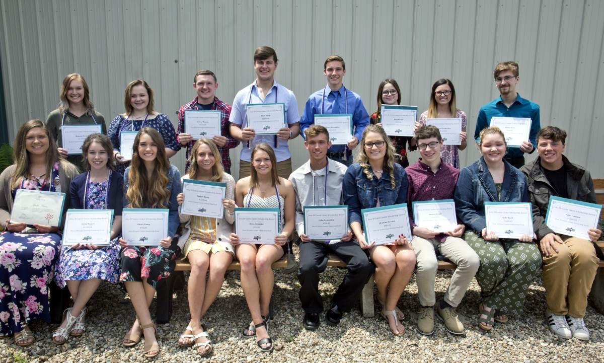 Senior Scholarship Award Winners Group Photo