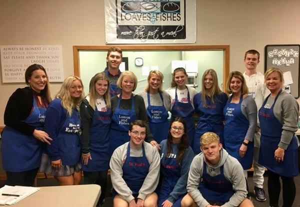 Senior Class Helps at Loaves & Fishes