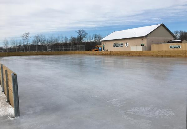 Spectrum opens ice rink to public!