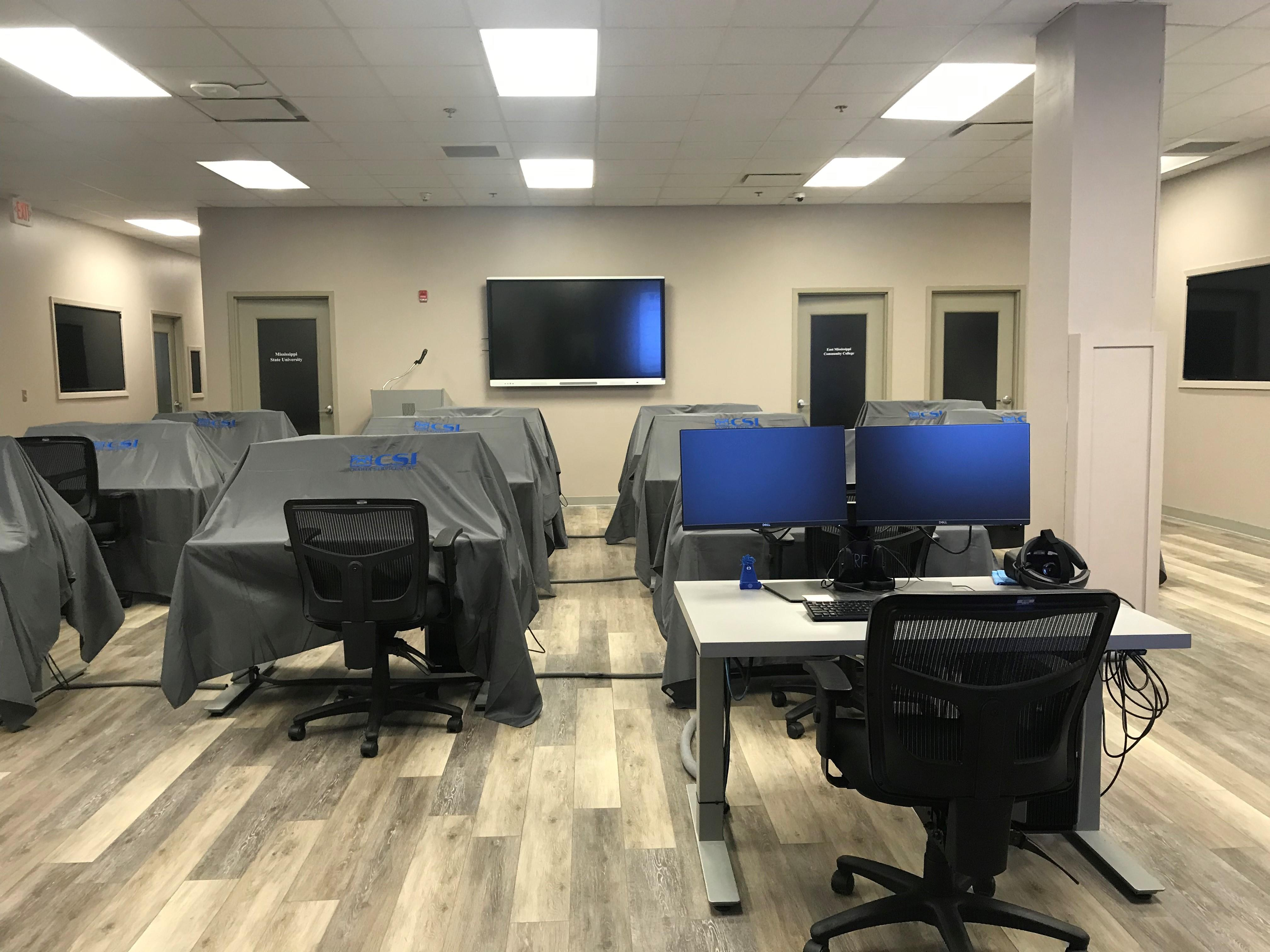 Large lab with 12 VR capable workstations