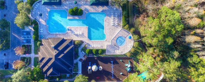 The Lexington Oaks Pool