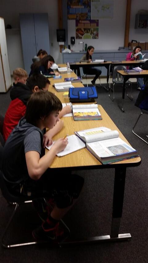 Ronan Middle School - Photo #4