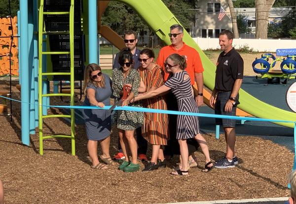 highland playground ribboncutting