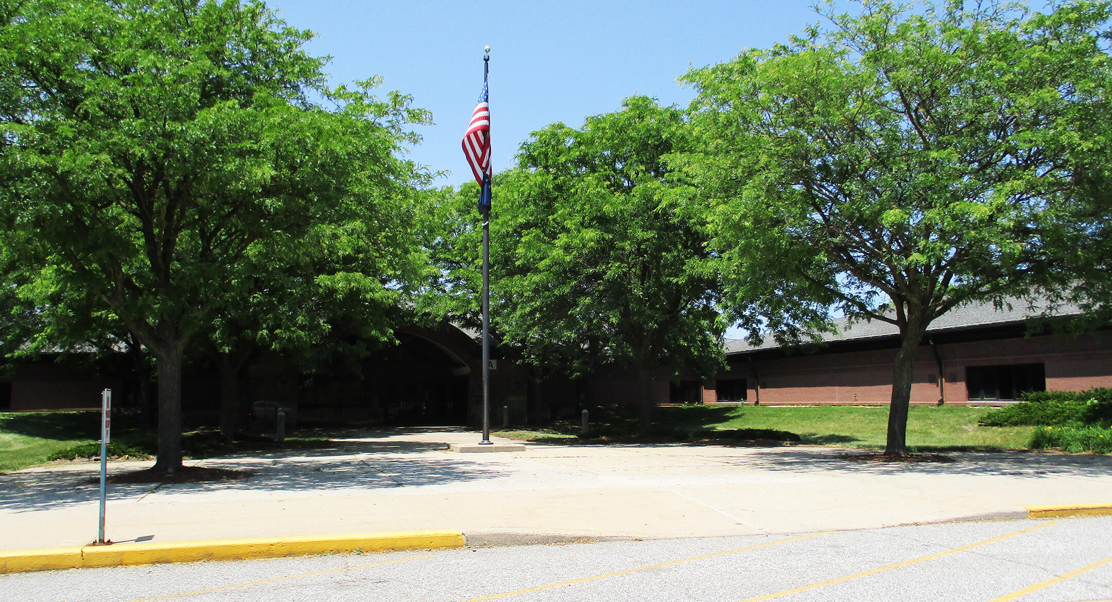 Morton Elementary School Front View