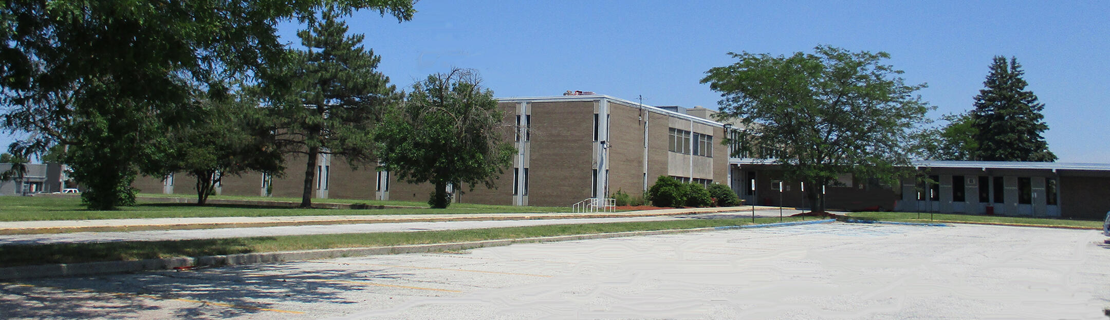 Morton High School Front View