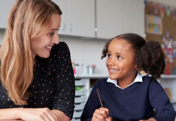 North Cove Elementary Meet Your Teacher/ Presentele Al Maestro/ A Al Maestro