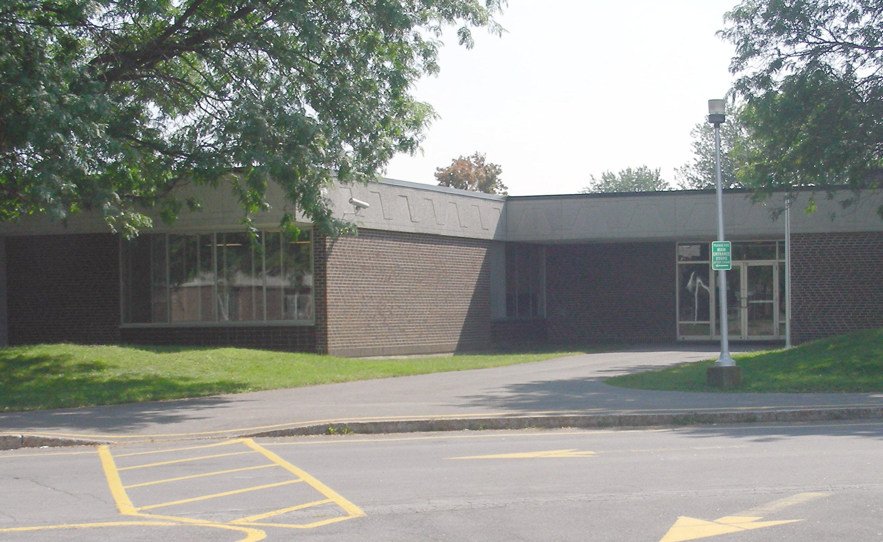 Liverpool High School Annex