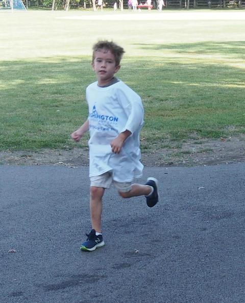 washington student running