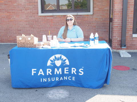 Sponsor Farmers coffee table