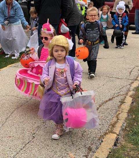 girl dressed as rapunzel