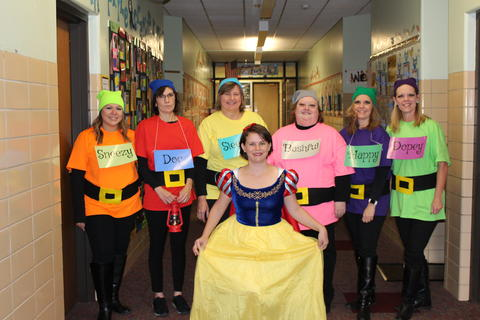 First grade team dressed as snow white and the dwarfs