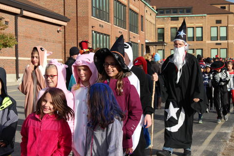 group of students dressed mostly as pigs