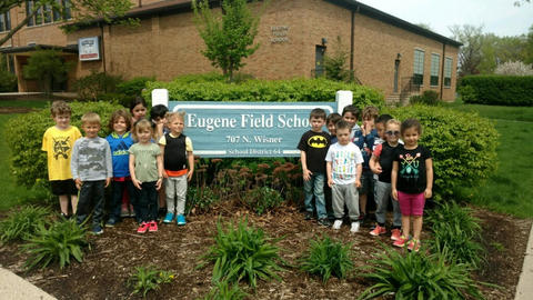 Students visit Field School