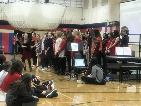 Holiday sing performers