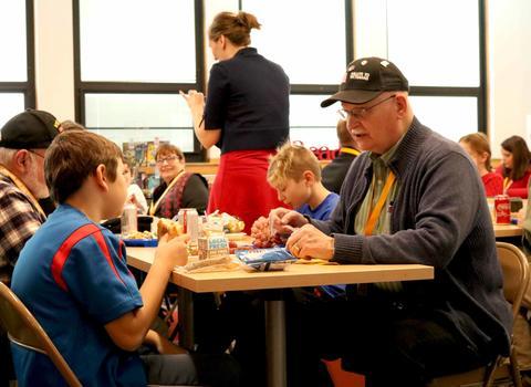 Roosevelt School, Lunch with Veterans