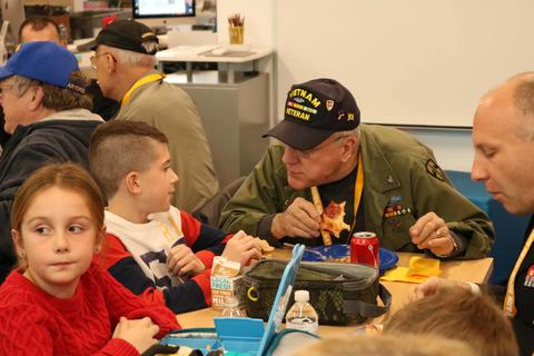 Roosevelt School, Lunch with Veterans