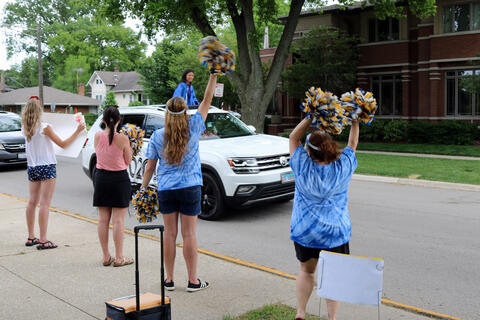 Lincoln Middle School parade - Photo #1