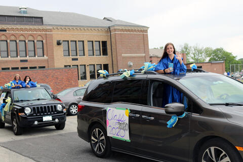 Lincoln Middle School parade - Photo #6