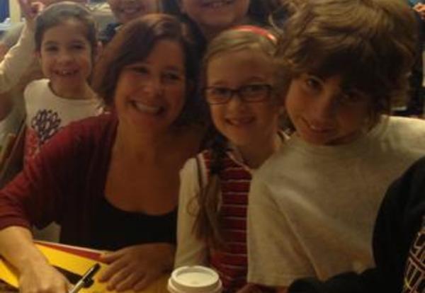 Author Amy Krouse Rosenthal visits Washington School