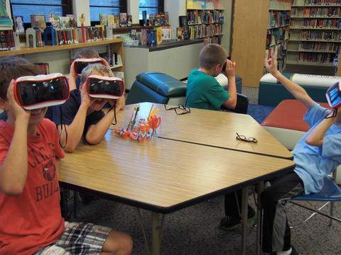 Multiple students on a google expedition
