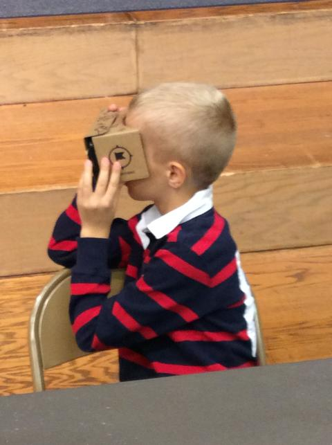 Elementary Student on Google Expedition