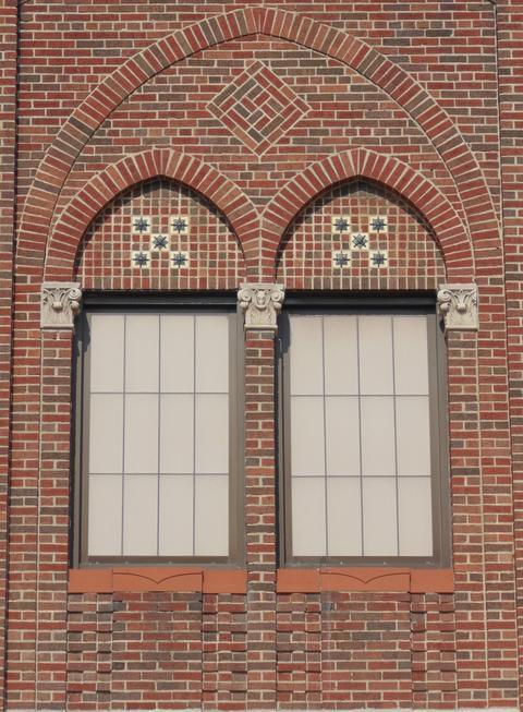 Lincoln Architecture 27
