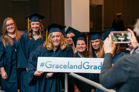 Graceland Nursing 2017 (2)-0892