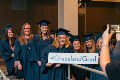 Graceland Nursing 2017 (2)-0893