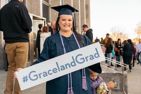 Graceland Nursing 2017 (2)-0793