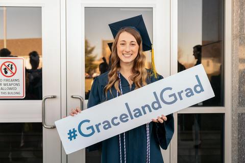 Graceland Nursing 2017 (2)-0795