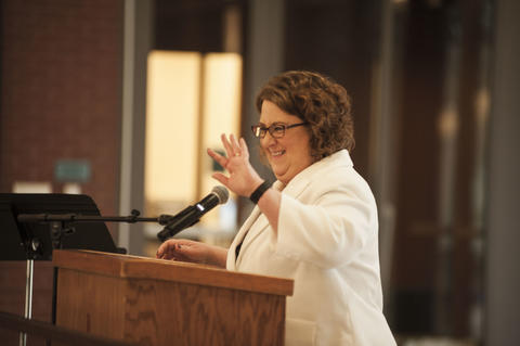 President Draves Speaking to Alumni
