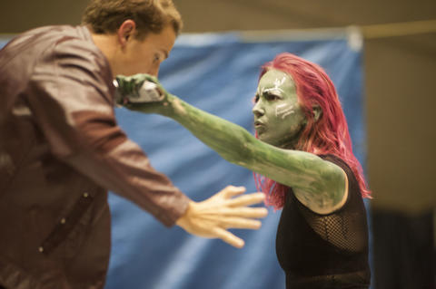 Gamora fighting with Peter Quill