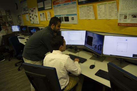 Alumni programming on computers