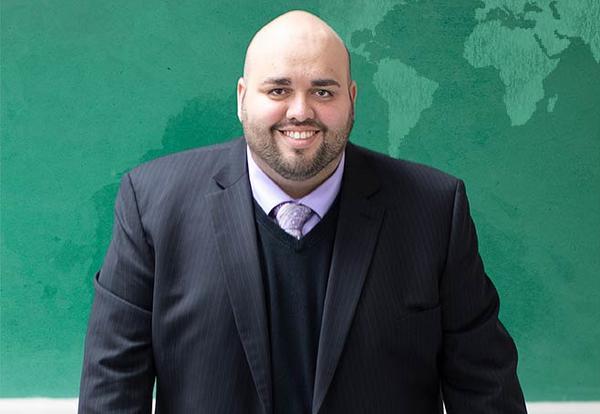 Dr. Jonathan Montalvo