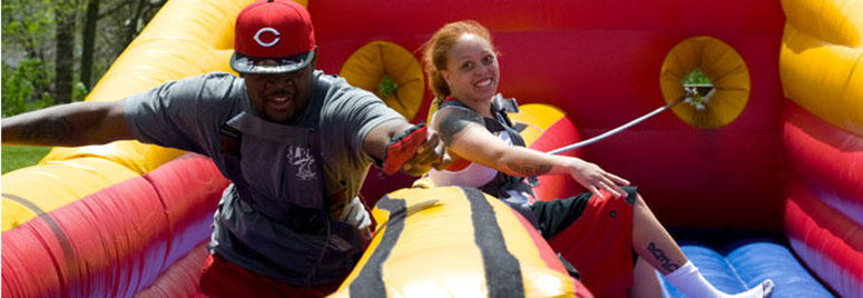 students bounce at final fling