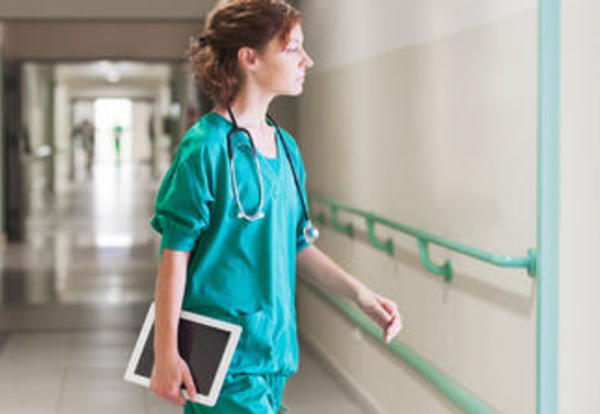 LPN vs. RN: The Advantages of Being a Registered Nurse