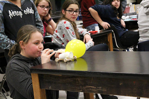 Grade 6-8 Session: Changes in Motion, Force and Direction — Project-Based Learning — Balloon Car