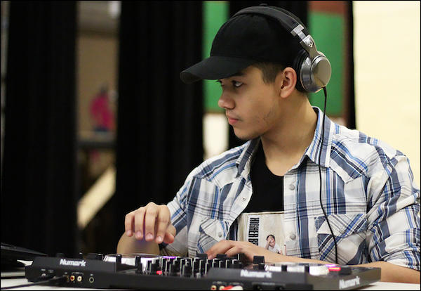 "Meet Justin Eigenbauer, the EPHS Senior Who Will DJ ""Into the Cloud"""