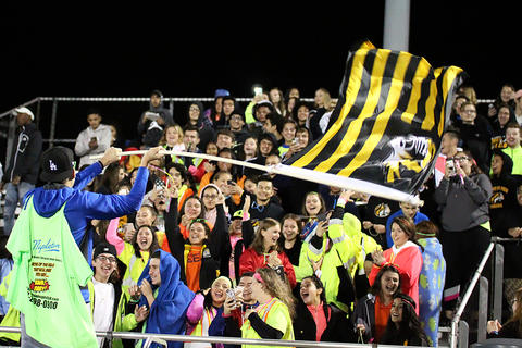 Homecoming Game: EPHS Student Section