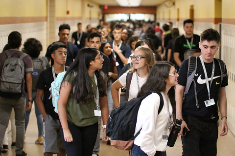 EPHS first day of school, Aug. 14, 2019
