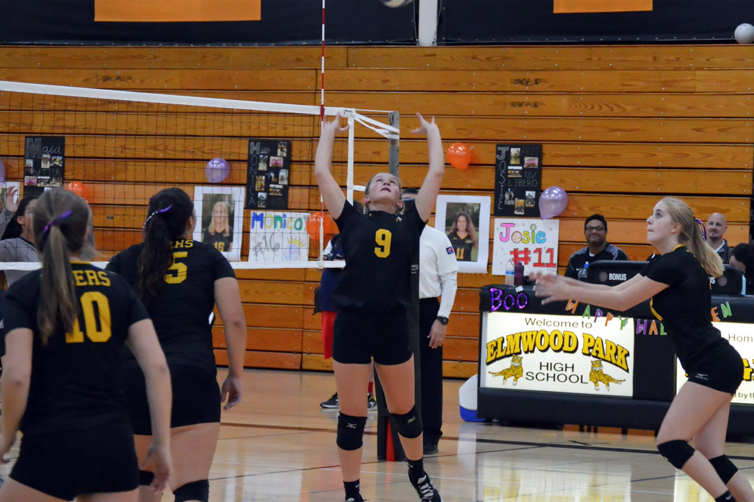 Wiktoria Stankiewicz competes in a girls volleyball match at EPHS.