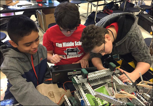 Elm Robotics Teams Reach State Championship Tournament