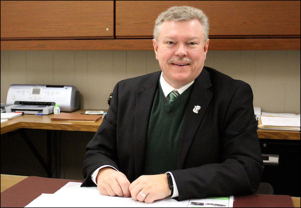 Dr. Anderson Resigns, Will Remain as Superintendent Until End of June