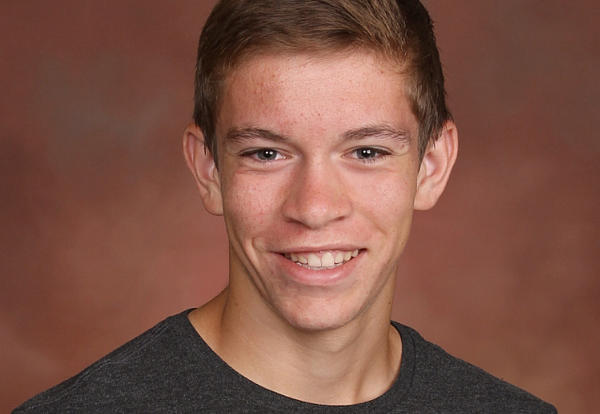 Max Lom Earns National Merit Scholarship