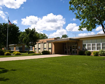 Photo of Janssen Elementary School