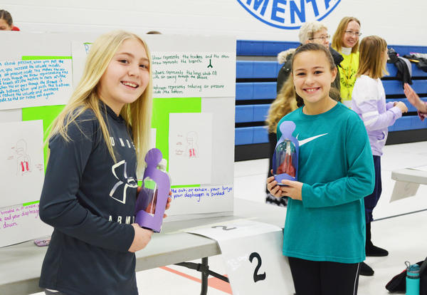Young Scientists Present Their Experiments at Janssen's Science Fair