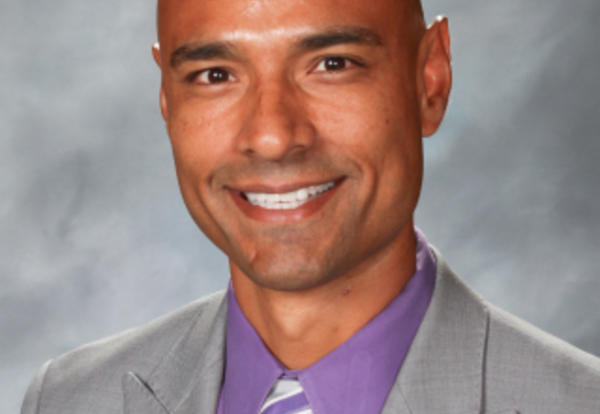 Ricardo Iñiguez Named AWSP Assistant Principal of the Year