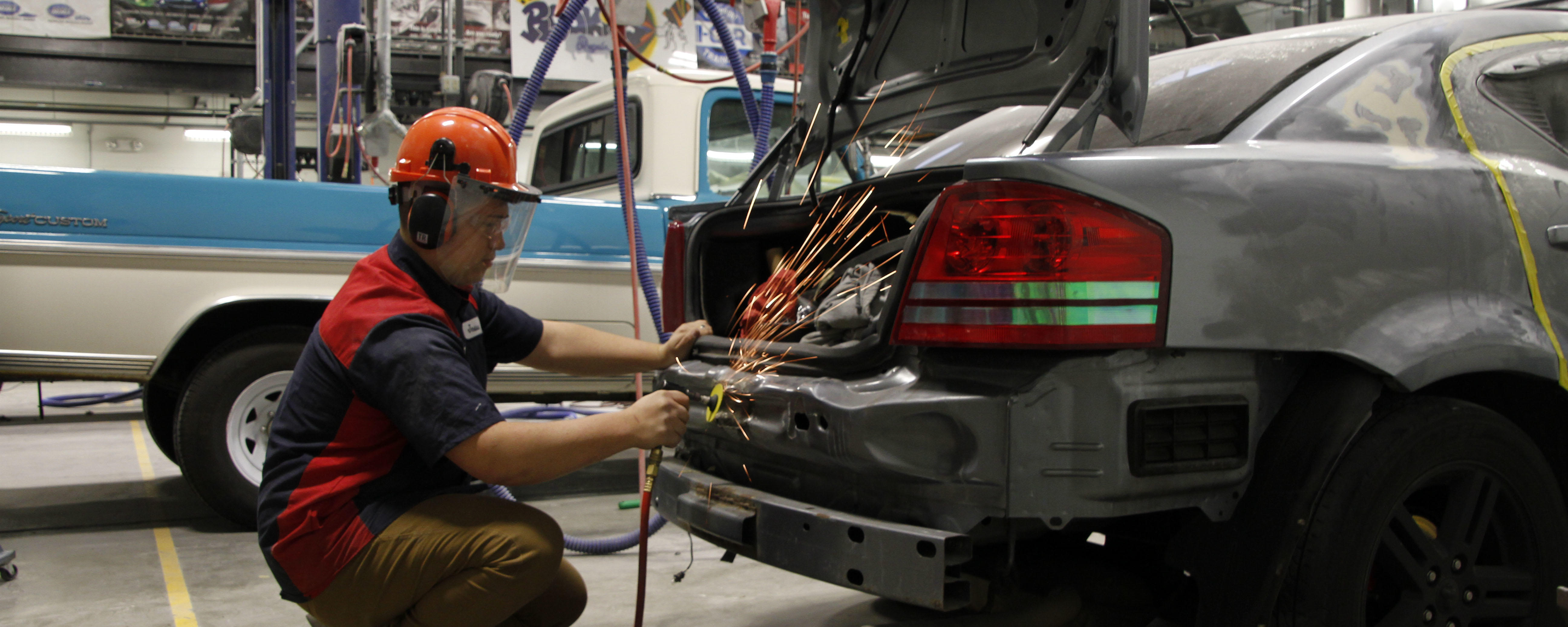 Hands-on Collision Repair Technology