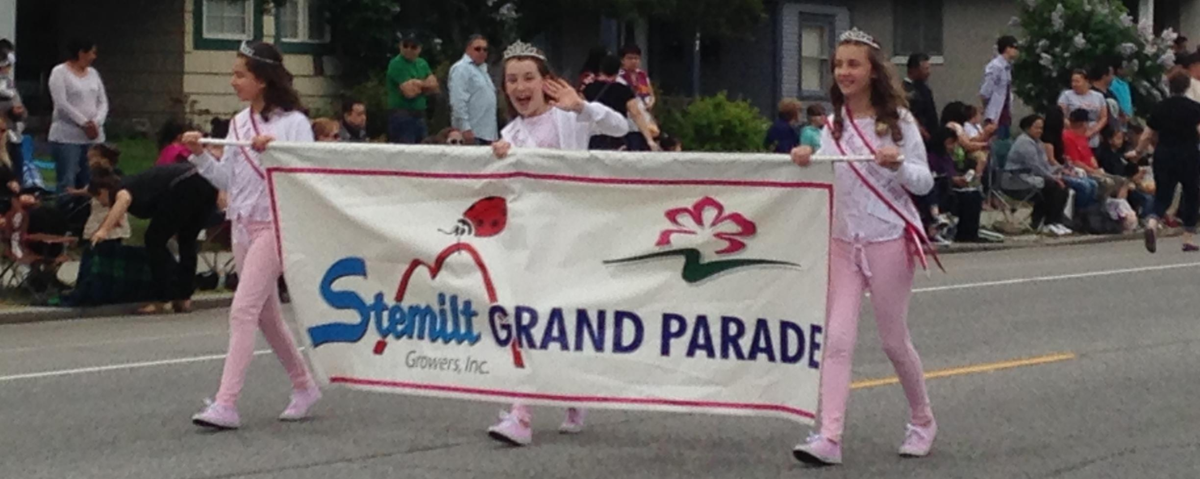 Our very own Rachel Carter leads the 2018 Apple Blossom Grand Parade.
