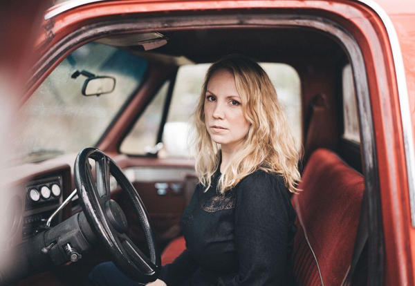 Humanities Project: Songwriter Mary Bragg Performs at CCC on Oct. 10